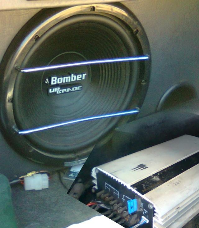 Vendo upgrade na caixa! E stetsom 900 w mono/stereo r$ 300,00